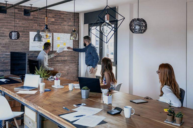 team-leader-organizing-work-in-an-office-WD3AF98.jpg